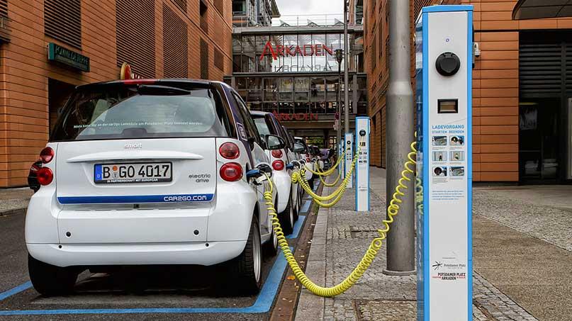 Electric-car-photo